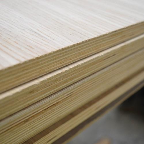 Oak Veneered Birch Plywood – A/B - 2440 x 1220 x 9mm